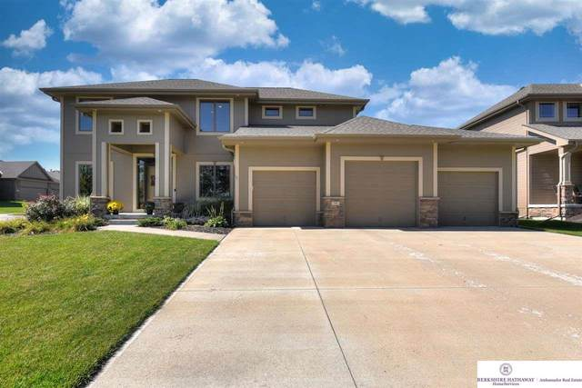 726 S 200 Street, Omaha, NE 68022 (MLS #22122689) :: Omaha Real Estate Group