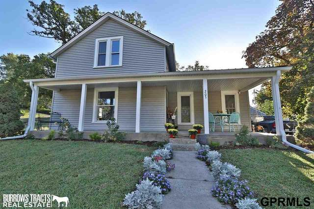 205 N Commercial Street, Weeping Water, NE 68463 (MLS #22122725) :: Lincoln Select Real Estate Group