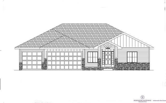 20510 Woodridge Drive, Gretna, NE 68028 (MLS #22122741) :: kwELITE