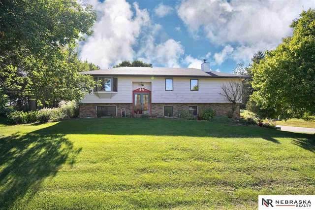 1241 Beechcraft Road, Lincoln, NE 68527 (MLS #22122880) :: Cindy Andrew Group