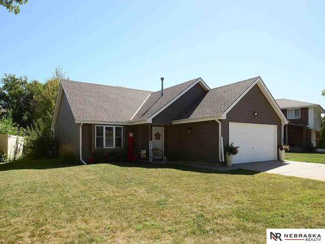 1501 Manchester Drive, Lincoln, NE 68528 (MLS #22122887) :: Cindy Andrew Group