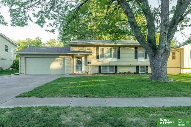 12768 Grover Street, Omaha, NE 68144 (MLS #22122902) :: Cindy Andrew Group