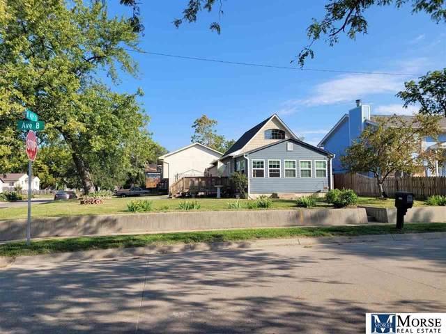 3924 B Avenue, Council Bluffs, IA 51501 (MLS #22123008) :: Don Peterson & Associates