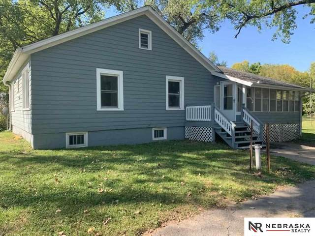 24132 Crown Point Avenue, Valley, NE 68064 (MLS #22123036) :: Catalyst Real Estate Group
