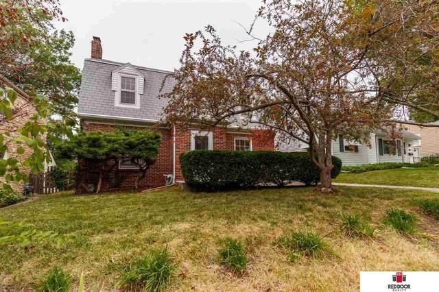 1808 Dakota Street, Lincoln, NE 68502 (MLS #22123140) :: Lincoln Select Real Estate Group