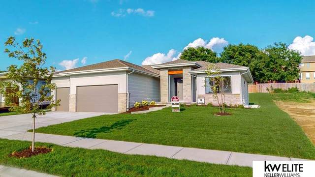4432 S 219th Street, Elkhorn, NE 68022 (MLS #22123199) :: Lincoln Select Real Estate Group