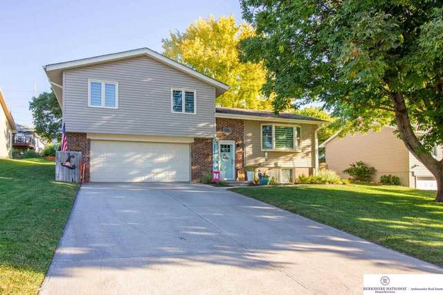 805 2nd Avenue Circle, Louisville, NE 68037 (MLS #22123205) :: Lincoln Select Real Estate Group
