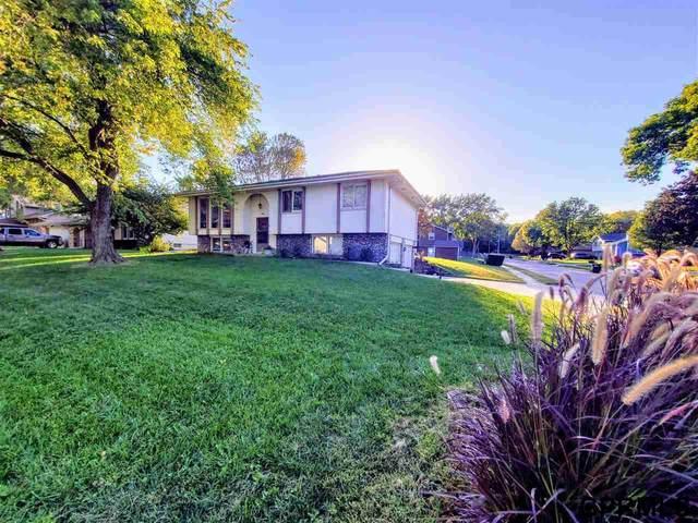 3106 S 157 Street, Omaha, NE 68130 (MLS #22123251) :: Don Peterson & Associates