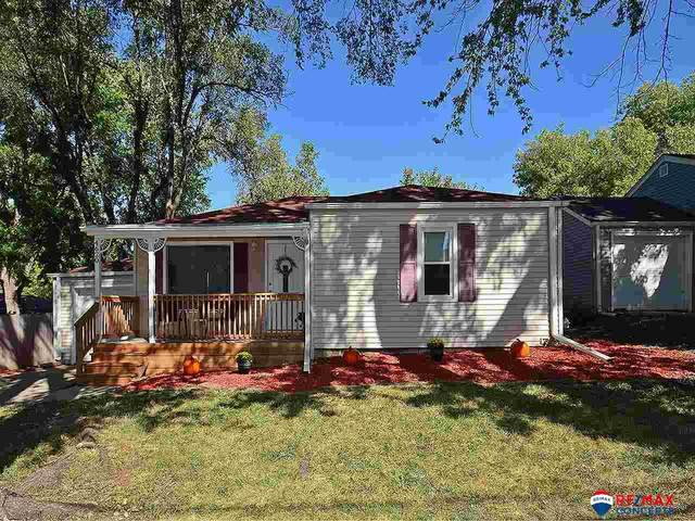 4620 High Street, Lincoln, NE 68506 (MLS #22123375) :: Lincoln Select Real Estate Group