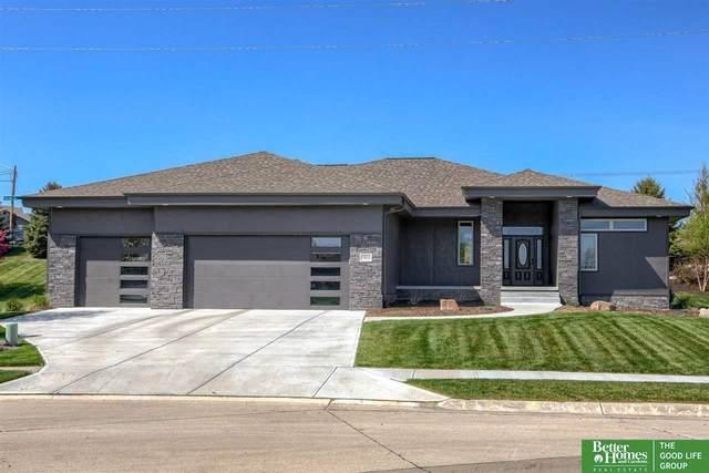 19010 Pierce Plaza, Omaha, NE 68130 (MLS #22123401) :: Lincoln Select Real Estate Group