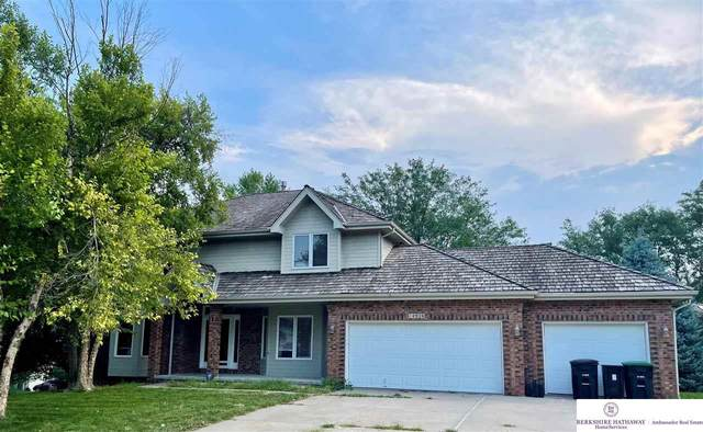14926 Erskine Street, Omaha, NE 68116 (MLS #22123473) :: Lincoln Select Real Estate Group