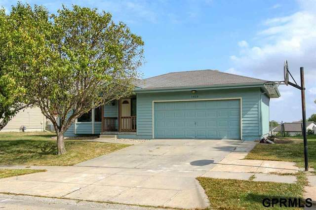 1920 NW 49Th Street, Lincoln, NE 68528 (MLS #22123496) :: Catalyst Real Estate Group