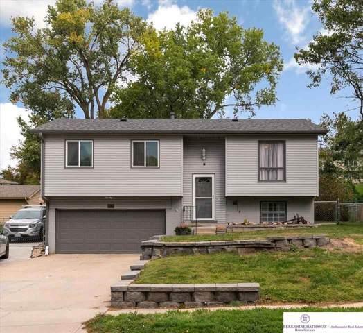 10624 Izard Street, Omaha, NE 68114 (MLS #22123499) :: Lincoln Select Real Estate Group
