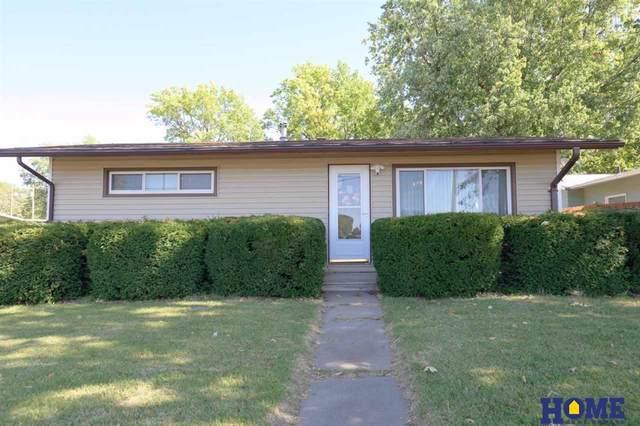 2915 Delhay Drive, Lincoln, NE 68507 (MLS #22123636) :: Lincoln Select Real Estate Group