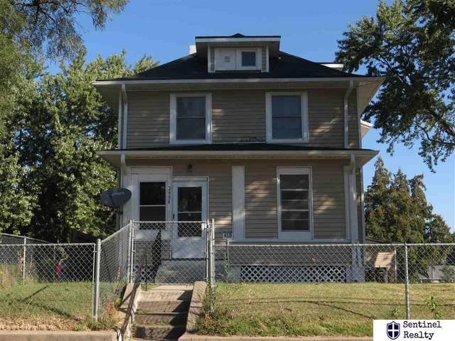 2854 Ellison Avenue, Omaha, NE 68111 (MLS #22123654) :: Lincoln Select Real Estate Group