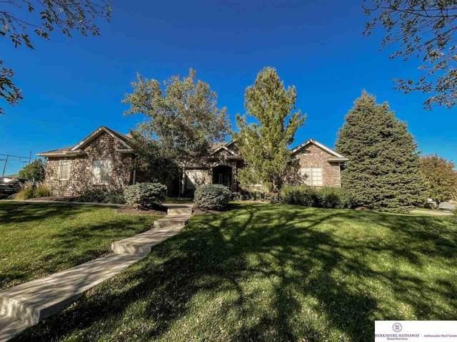 18728 Lamont Street, Omaha, NE 68130 (MLS #22123718) :: Lincoln Select Real Estate Group