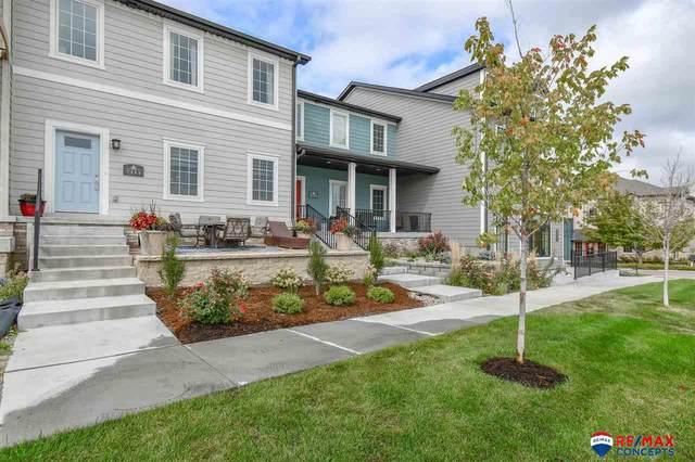 7111 Kentwell Lane, Lincoln, NE 68516 (MLS #22123720) :: Don Peterson & Associates