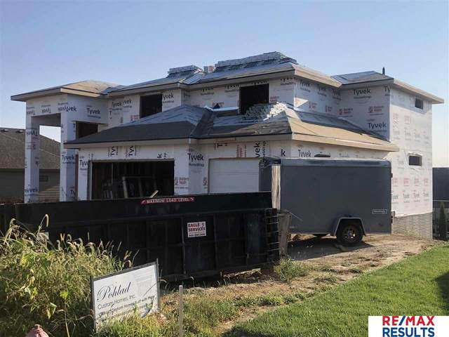 2027 S 211 Street, Omaha, NE 68022 (MLS #22123761) :: Lincoln Select Real Estate Group