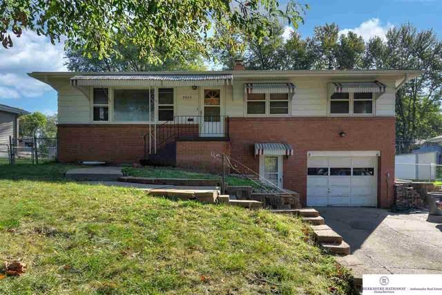 3055 S 74th Street, Omaha, NE 68124 (MLS #22123764) :: Lincoln Select Real Estate Group