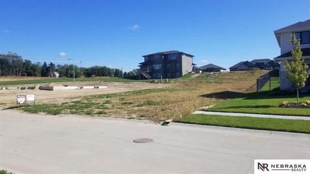 10103 S 188th Street, Omaha, NE 68136 (MLS #22123786) :: Lincoln Select Real Estate Group