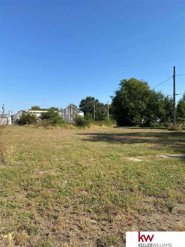 342,352,362 S Central Avenue, Superior, NE 68978 (MLS #22123788) :: Lincoln Select Real Estate Group