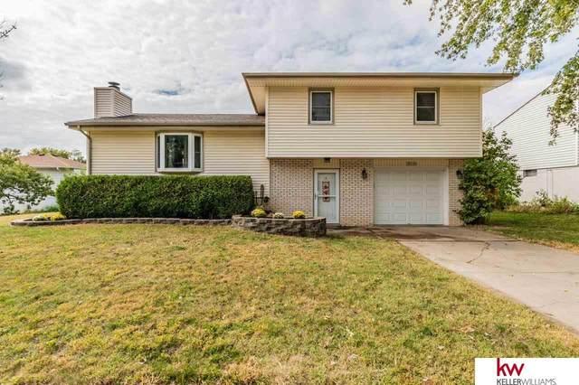 11926 S 33rd Street, Bellevue, NE 68123 (MLS #22123867) :: Lincoln Select Real Estate Group