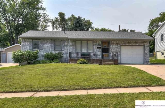 12677 B Street, Omaha, NE 68144 (MLS #22123874) :: Capital City Realty Group