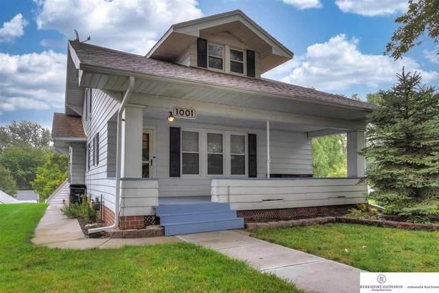 1001 N 50th Street, Omaha, NE 68132 (MLS #22123960) :: Lincoln Select Real Estate Group
