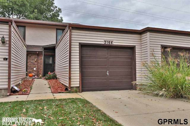 2164 Southwood Place, Lincoln, NE 68512 (MLS #22124048) :: Lincoln Select Real Estate Group