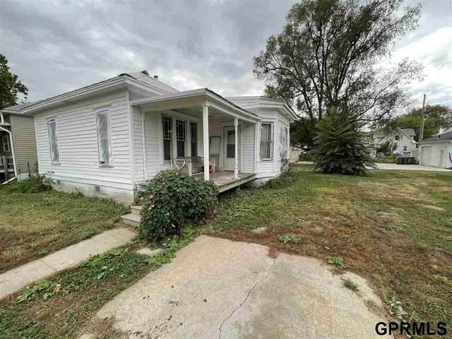 1705 N 32nd Street, Lincoln, NE 68503 (MLS #22124106) :: Don Peterson & Associates