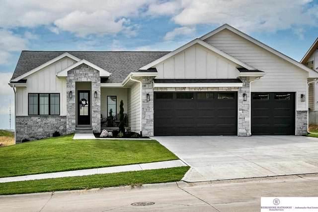 18011 Gretchen Circle, Omaha, NE 68022 (MLS #22124115) :: Don Peterson & Associates