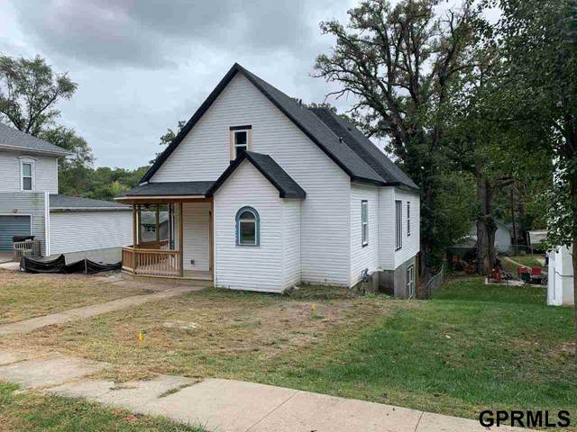 909 1st Avenue, Plattsmouth, NE 68048 (MLS #22124121) :: Lincoln Select Real Estate Group