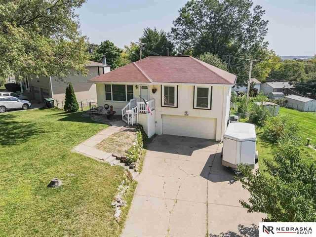 3631 Cornhusker Drive, Omaha, NE 68124 (MLS #22124154) :: Omaha Real Estate Group