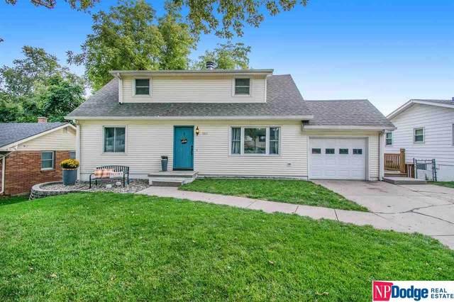 7821 Pasadena Avenue, Omaha, NE 68124 (MLS #22124157) :: Complete Real Estate Group