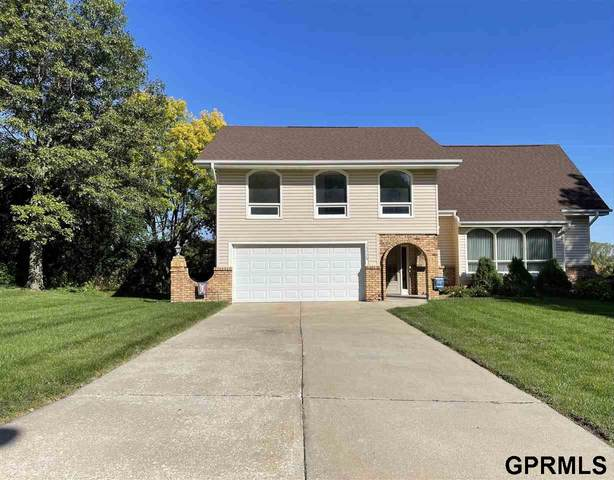 13778 Pierce Street, Omaha, NE 68144 (MLS #22124191) :: Omaha Real Estate Group