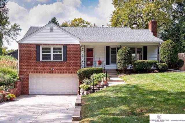 526 S 87 Circle, Omaha, NE 68114 (MLS #22124196) :: Lincoln Select Real Estate Group