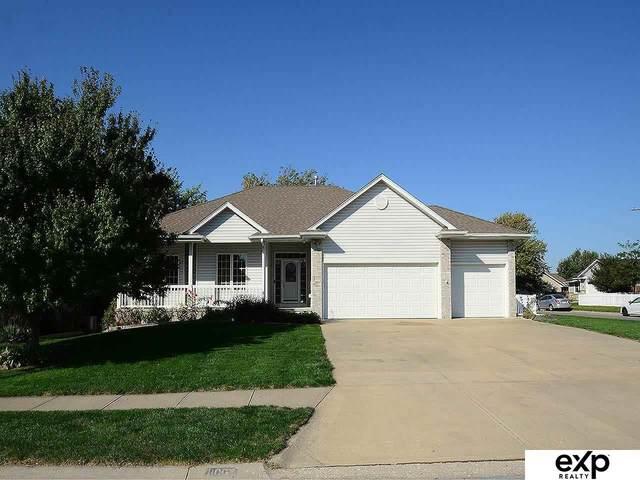11002 S 210 Street, Gretna, NE 68028 (MLS #22124235) :: Lincoln Select Real Estate Group
