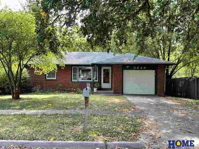 3849 W Street, Lincoln, NE 68503 (MLS #22124242) :: Lincoln Select Real Estate Group