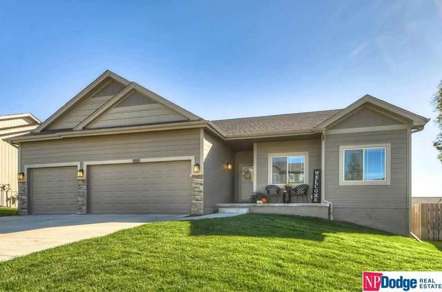 18821 Briar Street, Omaha, NE 68136 (MLS #22124281) :: Lincoln Select Real Estate Group
