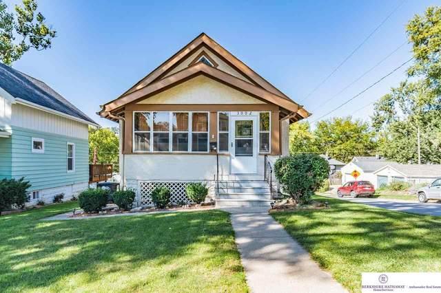 3002 S 34 Street, Omaha, NE 68105 (MLS #22124342) :: Don Peterson & Associates