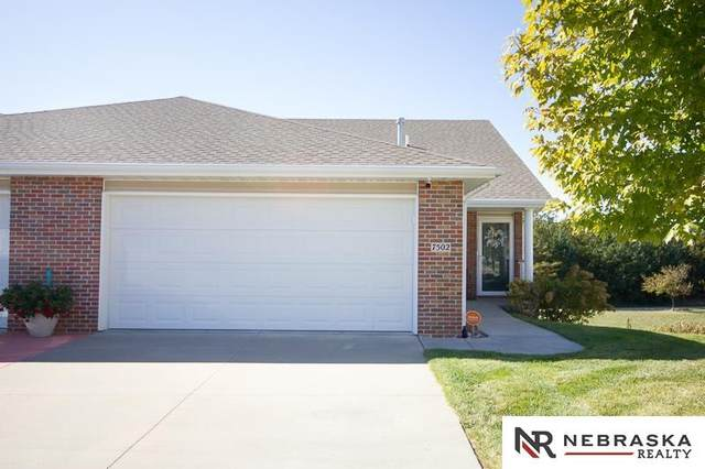 7502 Crystal Court, Lincoln, NE 68506 (MLS #22124346) :: Cindy Andrew Group