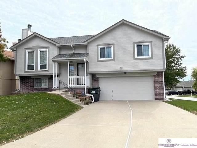 8425 Girard Street, Omaha, NE 68122 (MLS #22124374) :: Berkshire Hathaway Ambassador Real Estate