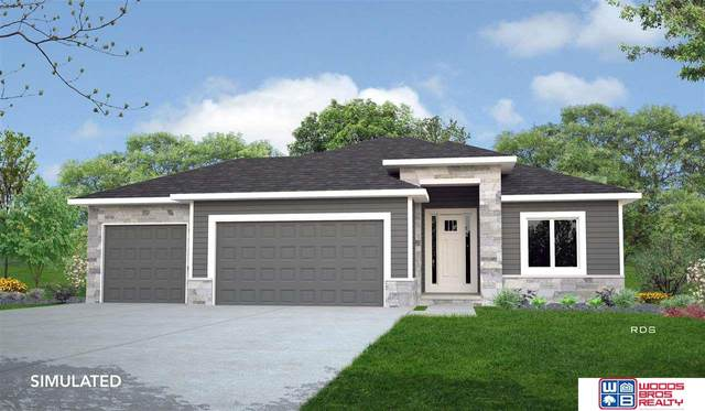 8200 S 97th Street, Lincoln, NE 68526 (MLS #22124390) :: Don Peterson & Associates