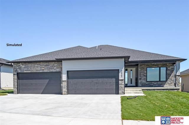 7848 Nicole Lane, Lincoln, NE 68516 (MLS #22124391) :: Omaha Real Estate Group