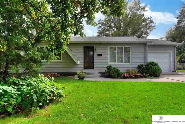 9211 Pauline Street, Omaha, NE 68124 (MLS #22124414) :: Lincoln Select Real Estate Group