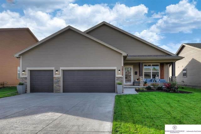 18715 Mason Street, Omaha, NE 68022 (MLS #22124417) :: Lincoln Select Real Estate Group
