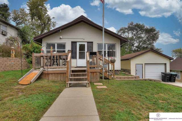 3124 Young Street, Omaha, NE 68112 (MLS #22124449) :: Don Peterson & Associates