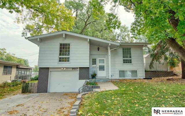 2617 N 96 Street, Omaha, NE 68134 (MLS #22124475) :: Lincoln Select Real Estate Group