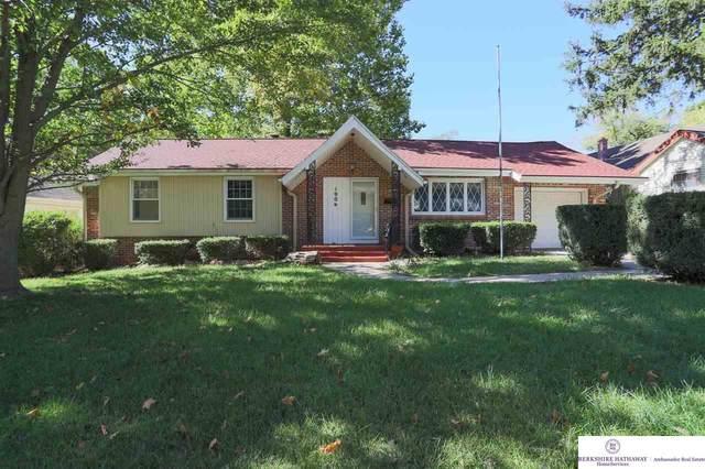 1906 Madison Street, Bellevue, NE 68005 (MLS #22124575) :: Lincoln Select Real Estate Group