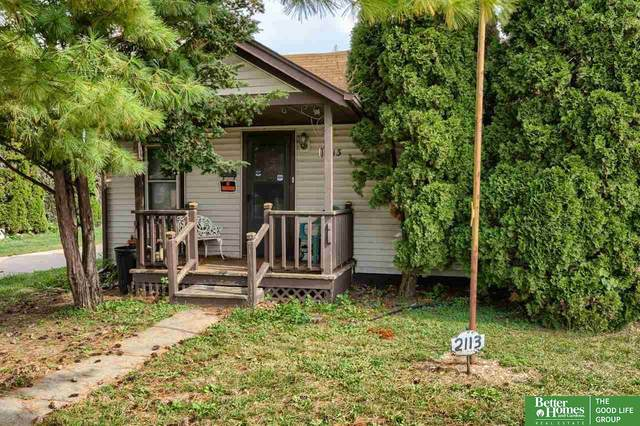 2113 S 12 Street, Council Bluffs, IA 51501 (MLS #22124592) :: Lincoln Select Real Estate Group